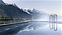 Chamonix's new spa with views on Mont Blanc
