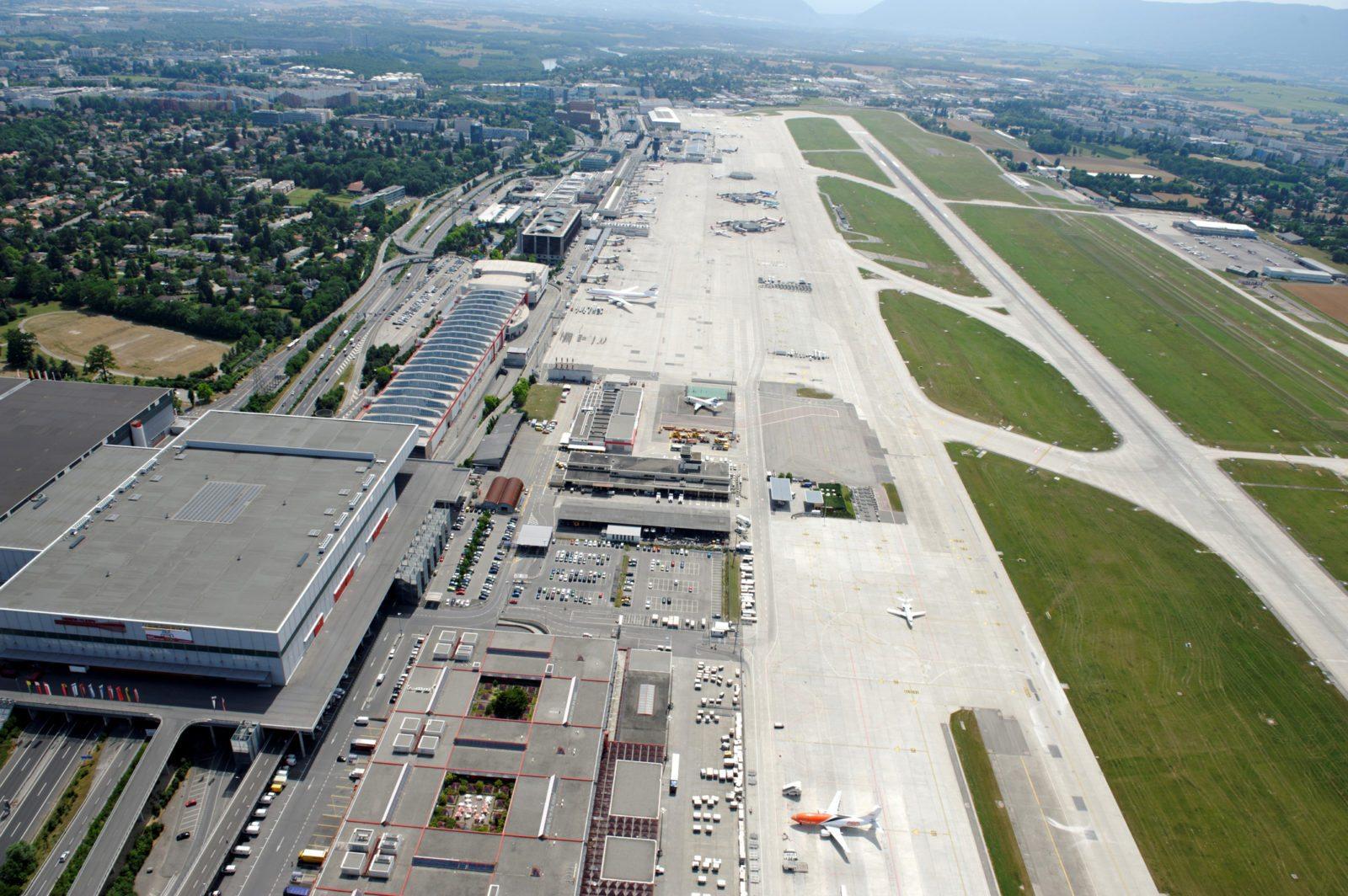 Geneva airport runway